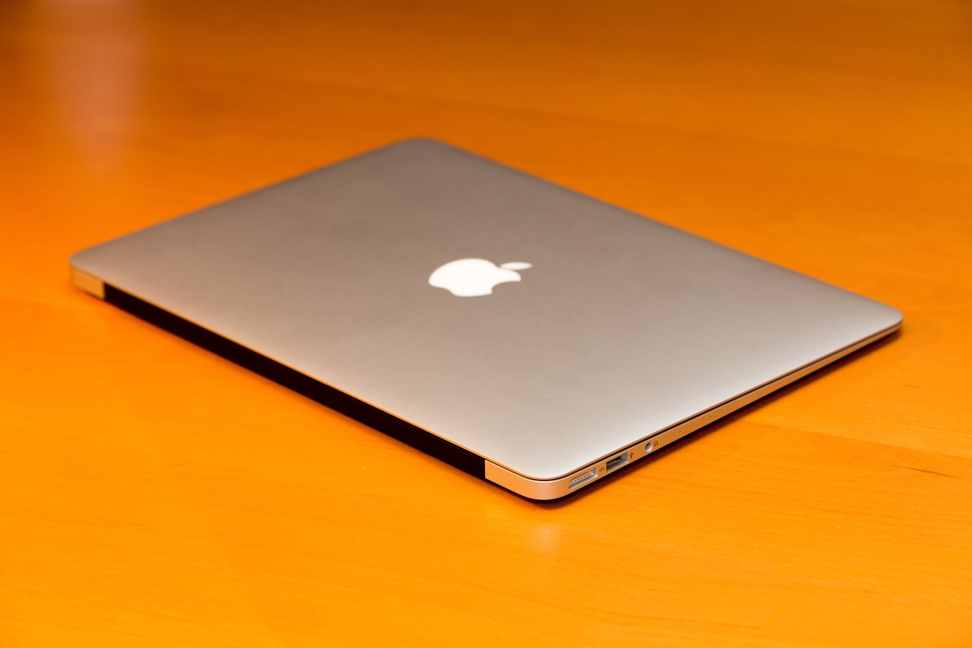how to make a youtube video on macbook air