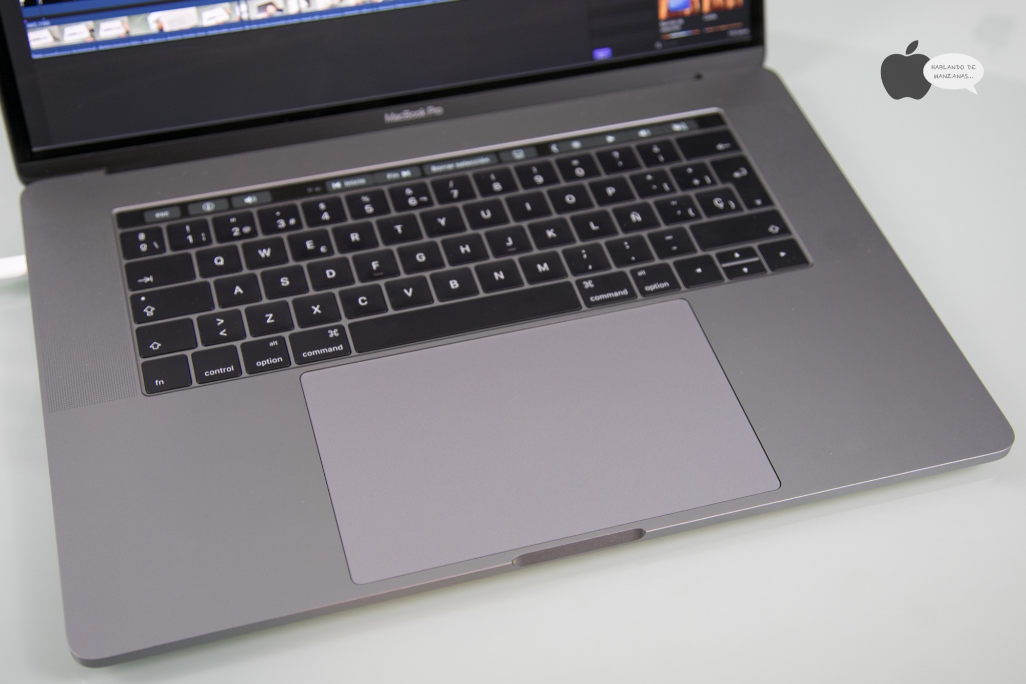 Análisis: Apple MacBook Pro 15'' con Touch Bar 2016